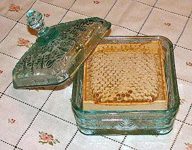 Honeycomb | Gentle Breeze Honey